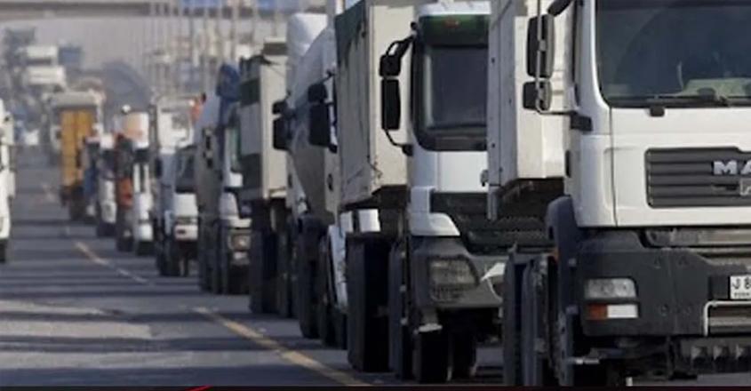 dubai,highway,night,heavy,vehicles,alain