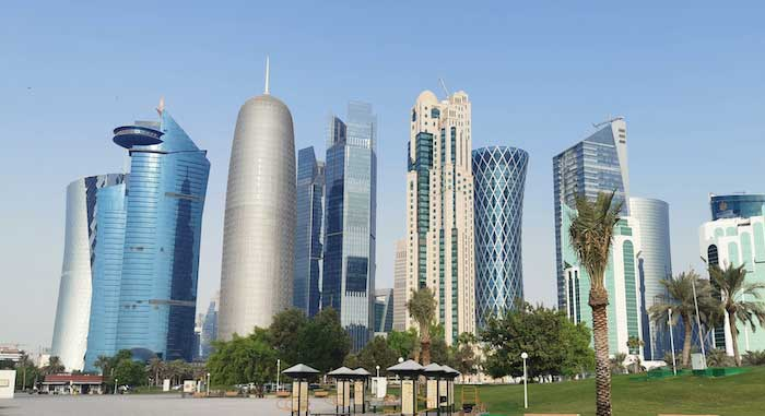 qatar,employment,licensing,businesses