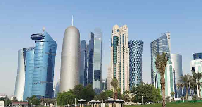 qatars,population,shrinks,147000people,9month