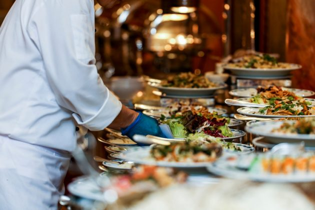 uae,outdoor,dining,shisha,services,banned,ramadan